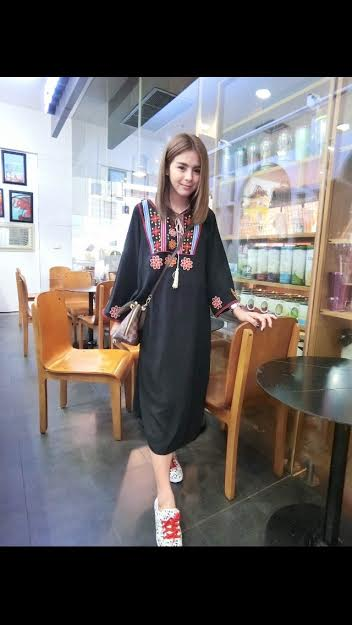 250105 ขายส่งเสื้อผ้าแฟชั่นผ้าสปันงานปัก maxxi dresss กำลังเป็นที่นิยมตอนนี้ค่ะ รอบอกฟรีไซส์ 32-40 นิ้วใส่ได้ค่ะ ยาว 44 นิ้ว (สีดำ)