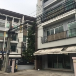 ขายทาวน์โฮม สภาพใหม่ โครงการบ้านกลางกรุง บิสทาวน์ 3. 5 ชั้น พักอาศัยหรือเปิดโฮมออฟฟิศได้