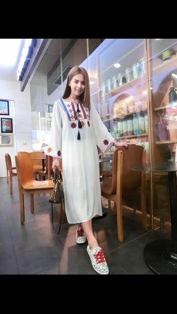 250103 ขายส่งเสื้อผ้าแฟชั่นผ้าสปันงานปัก maxxi dresss กำลังเป็นที่นิยมตอนนี้ค่ะ รอบอกฟรีไซส์ 32-40 นิ้วใส่ได้ค่ะ ยาว 44 นิ้ว