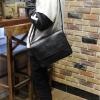 กระเป๋าสะพายข้างผู้ชาย รหัส A004